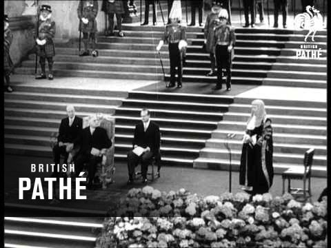 De Gaulle Triumphant (1960)