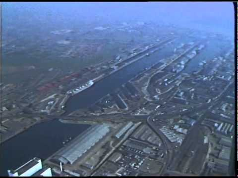 ROYAL DOCKS - AERIAL 1982