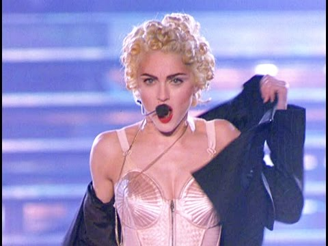 "MADONNA ""Express Yourself"" [Blond Ambition Tour]"
