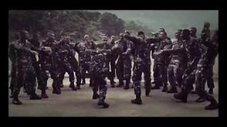 Download lagu Luar Biasa Yel - Yel Semangat Pantang Menyerah Peleton Tangkas Divisi 1/Prakasa Vira Gupti Kostrad