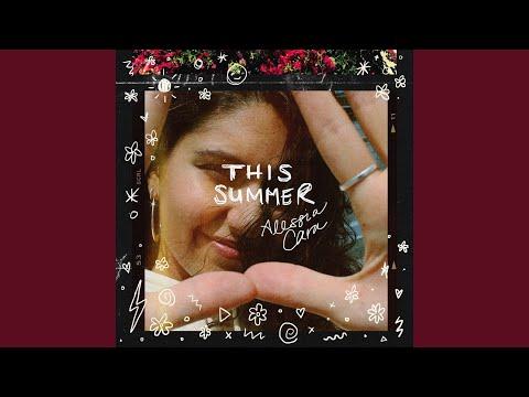 Alessia Cara debuts new single, 'October'
