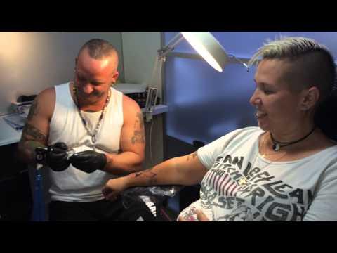 Dutch Ink Tattoo Review piercingshop ontwerpen Rotterdam Vlaardingen Zuid Holland Tattoo Stories