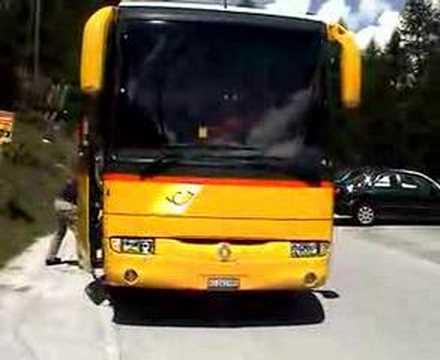 Car Postal: Trois-Tons à Arolla (Valais, Suisse)