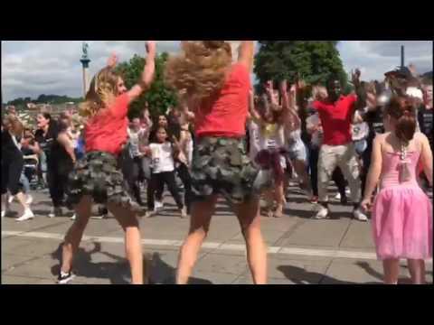 Flashmob Stuttgart 2017 die Party geht weiter