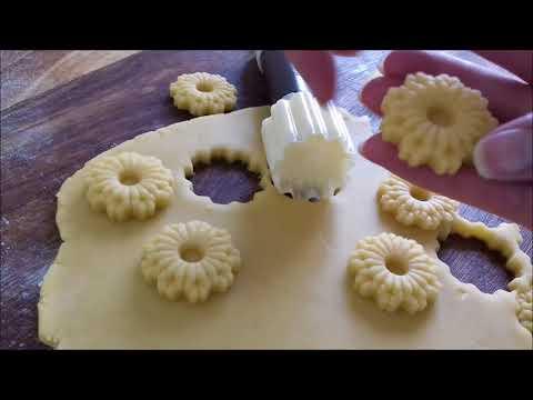 emporte-pièce-chrysanthème-de-cakemabrouk-(sablé-et-pâtisserie-orientale)