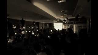 trailer halloween 2013 Manhattan Disco Pub Cervera