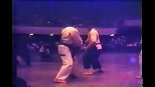 Chuck Norris vs. Joe Lewis - Karate Fight (International 1967)