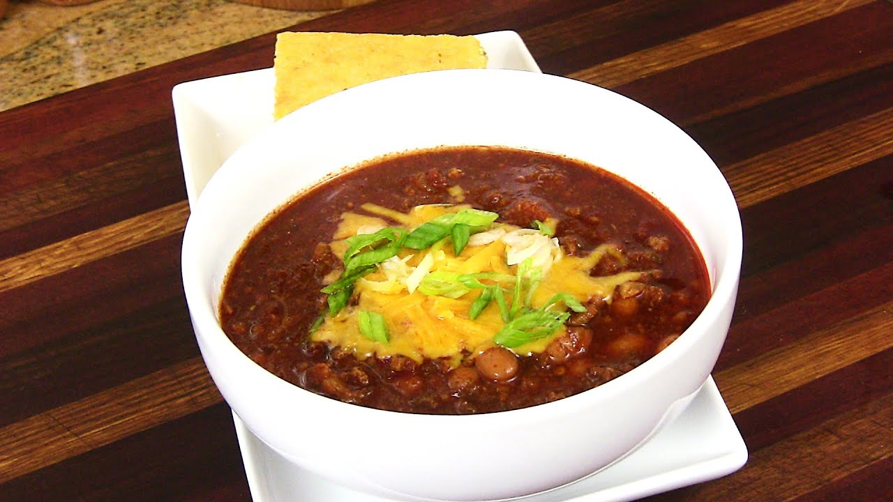 CROCKPOT TURKEY CHILI RECIPE |Cooking With Carolyn