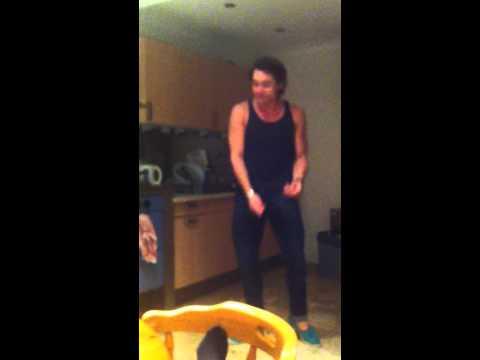 Michael Jackson kitchen dancer!
