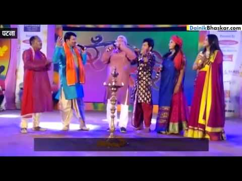 Rjd Chief Lalu Prasad Yadav Sing Holi Songs In Patna
