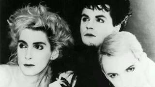 Siouxsie and the Banshees - The Passenger (Album Version)