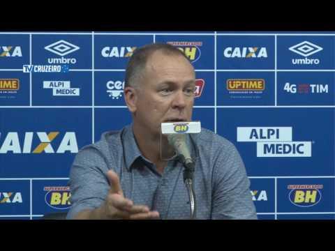 Coletiva Mano Menezes após a vitória sobre o Grêmio