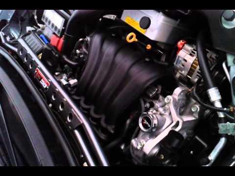 Nissan Versa engine knock - YouTube