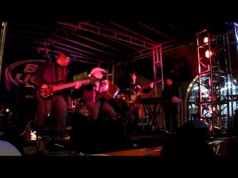 Sunny Sauceda @ Tejano Fan Fair 2010  #1