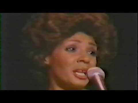 Shirley Bassey -Live in 1974 Japan-