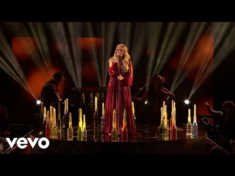 "Carrie Underwood  ""Spinning Bottles"" 2018 American Music Awards"