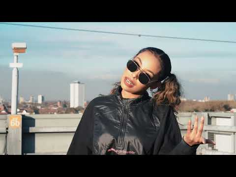 Download Kiin Jamac - Miyaad Dareentay (Official Music Video)