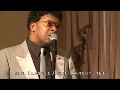 """Vibranaires Bobby Thomas sings """"Doll Face"""" with the Sheps at Pam & Charlie Horner's 5th Anniversary"""