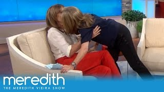 Meredith Shocks Allison Janney with a Kiss! | The Meredith Vieira Show