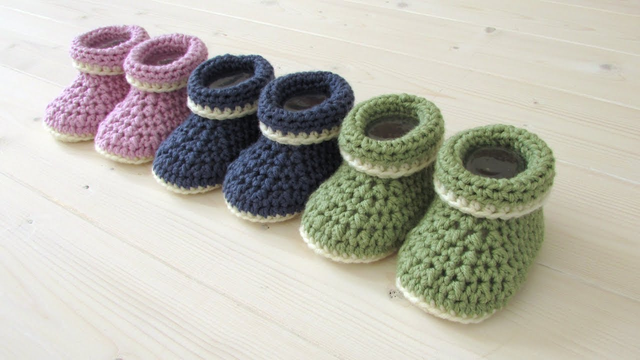 3aa6e05c64a How to crochet cuffed baby booties for beginners - beginners baby shoes