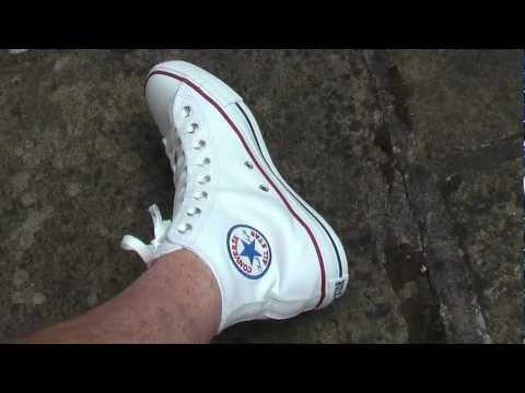 The Chuck Taylor All Star Converse Made by youиз YouTube · С высокой четкостью · Длительность: 2 мин4 с  · Просмотры: более 567.000 · отправлено: 25.02.2015 · кем отправлено: conversemexico