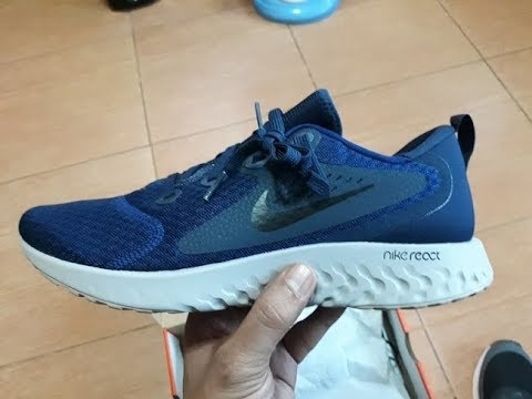 59f4e8fe94116 NIKE LEGEND REACT unboxing - YouTube