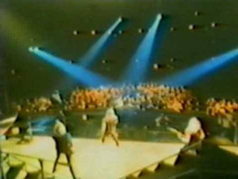 Iron Maiden-1.Murders In The Rue Morgue(Hammersmith 1982)