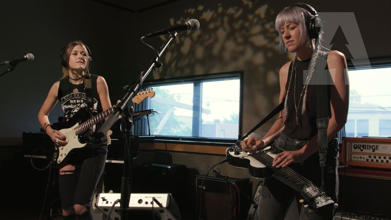 larkin-poe-wanted-woman-ac-dc-audiotree-live-4-of-4-audiotreetv