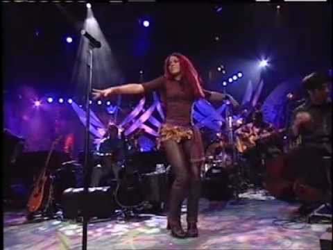 Shakira Live show Eyes like yours