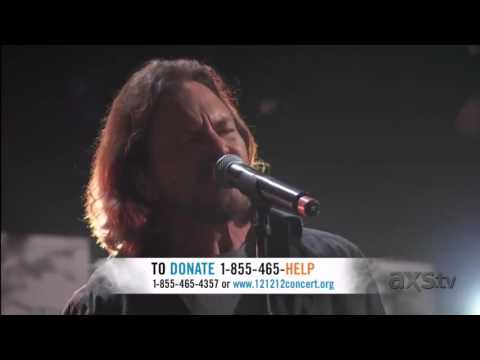 "David Bowie/Eddie Vedder ""Comfortably Numb""--A Fan Edit"