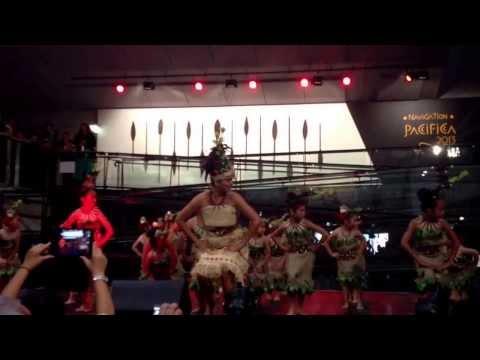 Matavai Cultural Arts - Manumea Dance by Mary Jane McKibbin-Swenke