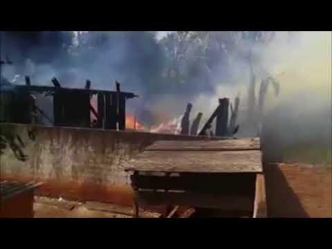 Medianeira: Casa é destruída por incêndio no Bairro Belo Horizonte