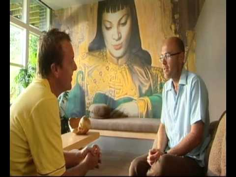 The One Show - Wayne Hemingway talks about Tretchikoff - YouTube