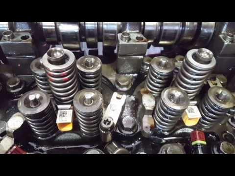 How to Replace Injectors and Cups on a Volvo D13 Part 2/2