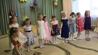 Ладошки - детская песенка Ladoshki - children's song(Раз ладошка, два ладошка - я пока что не звезда... Все видео канала Путешествуем с детьми: https://www.youtube.com/c/Travelskid..., 2015-07-12T08:25:16.000Z)