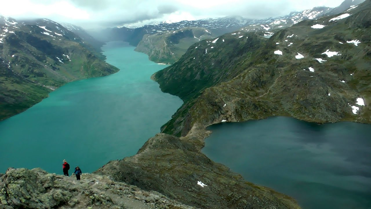 Hiking Besseggen Ridge, Norway in HD