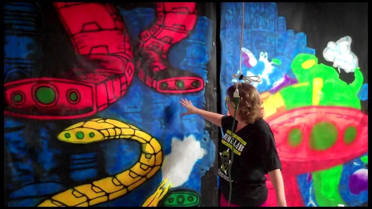Painting ChromaDepth 3D Haunt Panels  YouTube