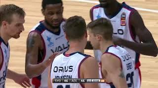 Daniel Johnson Posts 22 points & 10 rebounds vs. Sydney Kings