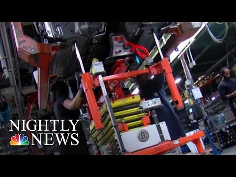 General Motors Begins New Round Of Layoffs, Axing More Than 4,000 Workers | NBC Nightly News