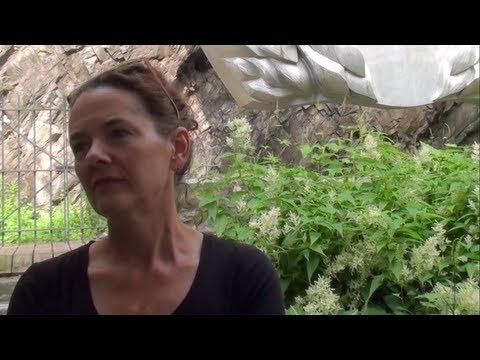 Rencontre avec l'artiste: Hélène Rochettede YouTube · Durée:  5 minutes 48 secondes