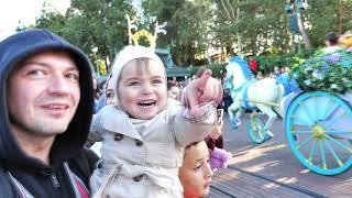 Парк Диснейленд Париж идём на аттракционы часть1   Парад Disneyland Park Paris