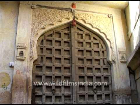 Antique Haveli Style Doors - Jaisalmer Fort - Antique Haveli Style Doors - Jaisalmer Fort - YouTube