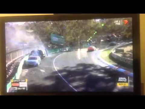 Bathurst crash lee holdsworth
