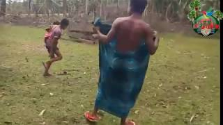 Download Video ছোট মেয়েকে একা পেয়ে মেয়েটির সাথে যা করলো দেখুন হায় হায় শয়তান MP3 3GP MP4