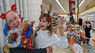 Yeni yıl alışverişi yaptık.Migros LC Waikikiden süslemeler ve  Yılbaşı ağacı aldık.