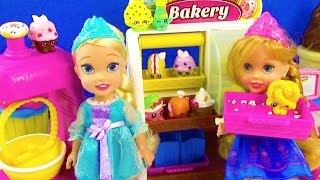 Elsa And Anna Toddlers Bath Time With The Secret Life Of Pets! - Bath time fun with toddler anna and