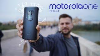 Smartfon z 4 obiektywami  Motorola One Zoom