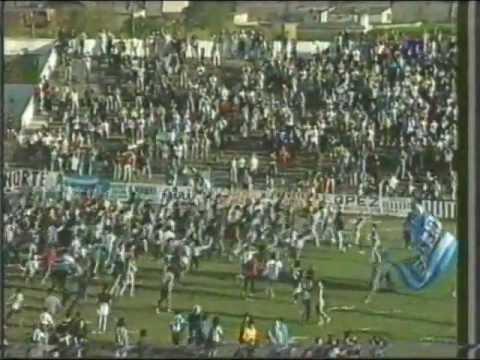 Club Atlético Cerro 1998 - Campeón Segunda División Profesional.