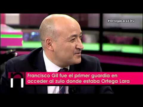 """Ortega Lara se reencuentra en """"Hoy Nieves!""""con el guardia civil que entró en el zulo a liberarle"""