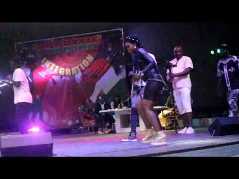 La Prestation de NATOU au Palais de La Culture D'Abidjan A l'Emission Cocktail /2016
